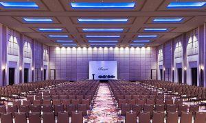 Grand Ballroom Fairmont Jakarta dapat dibagi menjadi 3 ruang terpisah